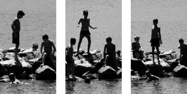 Enfants sur les rochers - © Frédéric Fleury